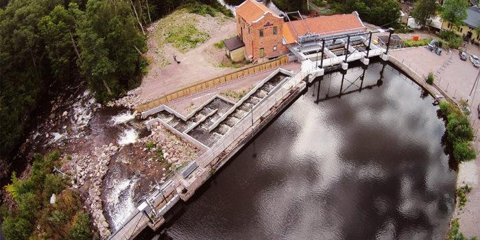 Fiskväg vid kraftstationen i Västerkvarn bidrar till biologisk mångfald i Kolbäcksån.