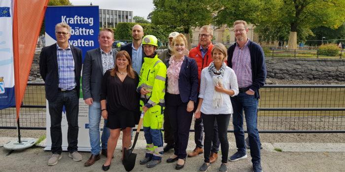 I onsdags var det äntligen dags för byggstart för faunapassagen vid vattenkraftstationen Turbinbron i centrala Västerås. På plats fanns representanter från Mälarenergi, Västerås stad och Länsstyrelsen Västmanland.