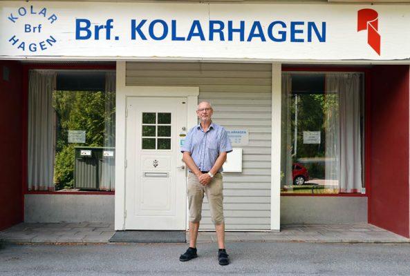 Mälarenergi har installerat 43 laddplaser på BRF Kolarhagen i Västerås.